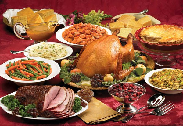 3 Holiday Eating Tips written by Joanna Castriotta  MS,RD, CSSN, LDN